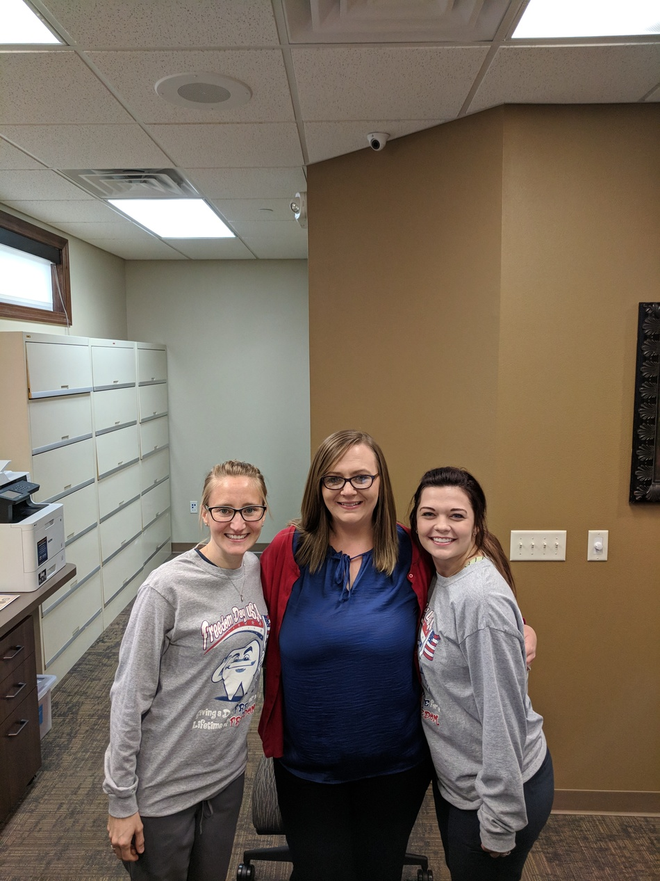 3 volunteers, Haley, Dawn, and Bethany